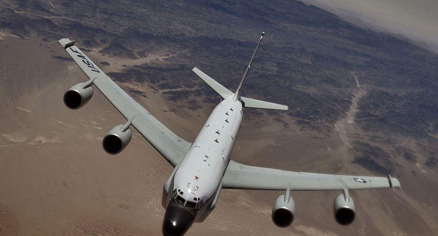 Два бомбардировщика США вылетели к русским границам наБалтике