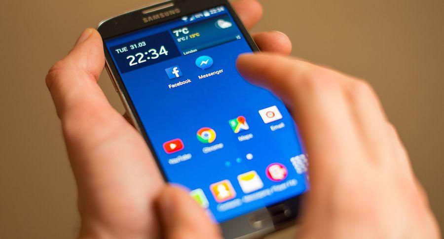 Самсунг иLG открестились отзамедления старых телефонов