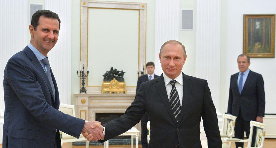 США демонстрирует нежелание заканчивать  войну вСирии— Железняк