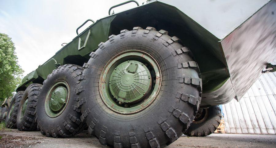 НВС Латвии получили из Англии 65 разведывательных бронемашин