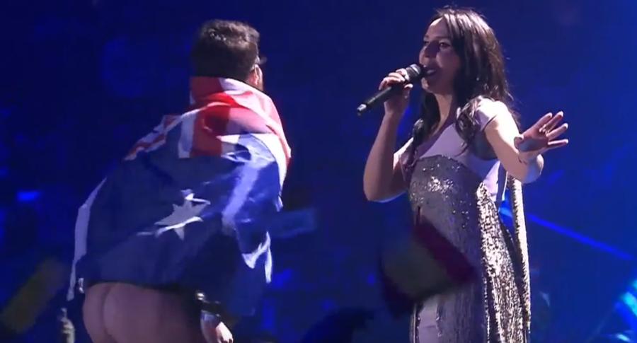 Житель Австралии продемонстрировал задницу нафинале «Евровидения» (18+)