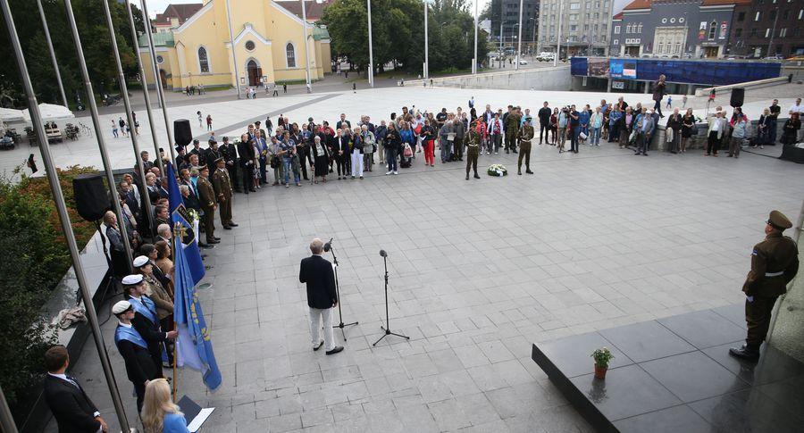 Греция заступилась закоммунизм, преподав Эстонии урок истории