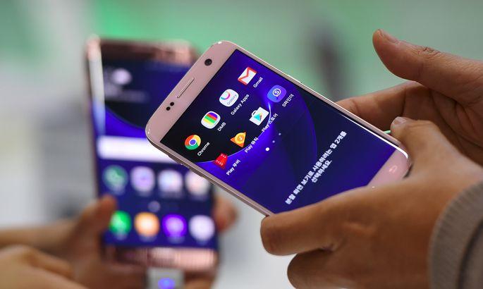Самсунг представила новый смартфон Galaxy Note 9 ичасы Galaxy Watch