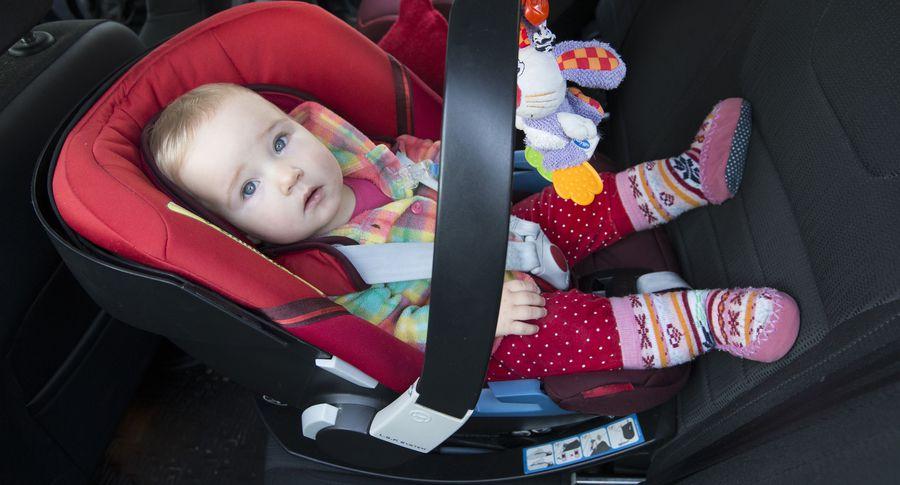 ГИБДД советует перевозить детей старше 7-ми лет вавтокреслах