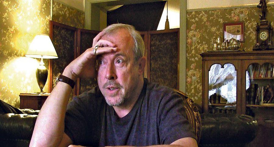 Макаревич сорвался на корреспондента из-за смерти Хворостовского