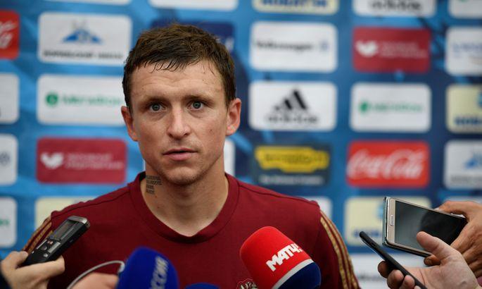 Футболистов Кокорина иМамаева отправили вСИЗО на48 часов