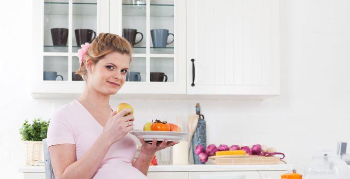 568cb6f008f Toidud, mida ei tohiks raseduse ajal süüa - Tervis - sõbranna.ee