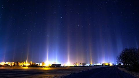 Фотограф запечатлел в небе над Эстонией красивое природное явление