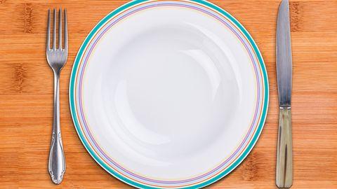 Mõtle hetkeks, kas sööd lihtsalt taldrikut tühjaks või on kõht veel tõesti tühi.