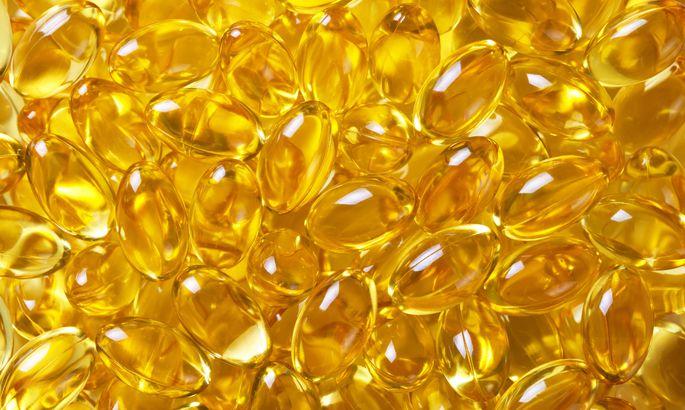 5231d40c7b1 D-vitamiini saadakse päikeselt ja toidust, aga pimedamal ajal soovitatakse  seda toidulisandina juurde võtta.