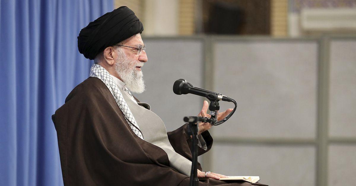 Khamenei avaldas toetust bensiinihinna tõstmisele