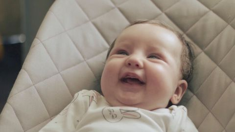 Spinaalse lihasatroofia korral on seni olnud oodatav eluiga aasta-kaks. Uudne ravim annab võimaluse lapse päästmiseks.