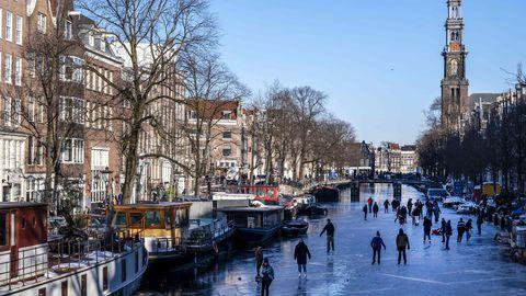Hollandi kohus: kehtestatud öine liikumiskeeld on ebaseaduslik
