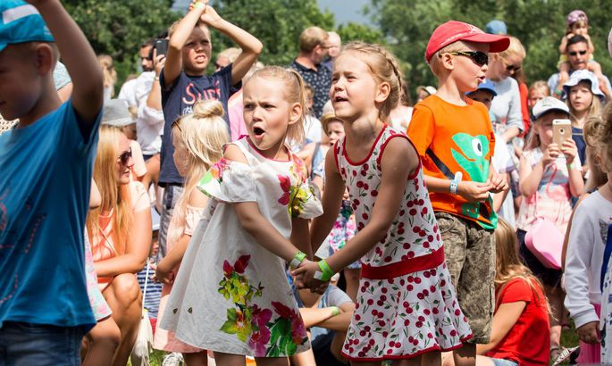 b16d06a0995 Rõõmsate laste festival vallutab Rannapargi - Uudised - Pärnu Postimees