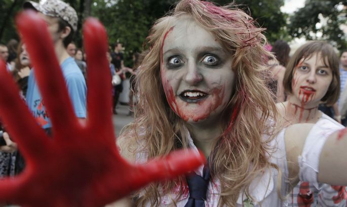 zombie culture In this essay, focusing primarily on the cinema of the walking corpse, i provide an overview of zombie studies and suggest potential avenues for sociological inquiry into zombie phenomena.