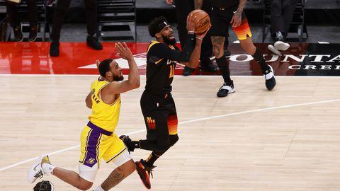 James ja Lakers vajuvad üha sügavamale sohu, Utah Jazz tulistab vastased sõelapõhjaks