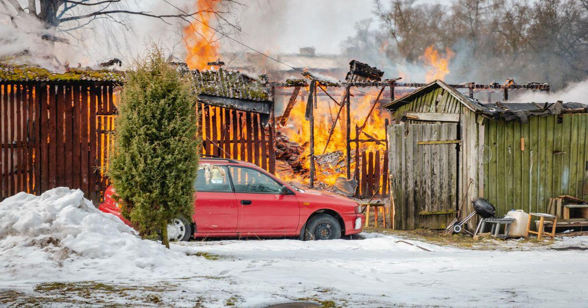 Mulgimaal põlesid kuurid suure leegiga