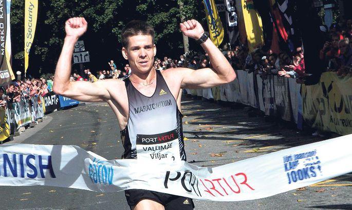 4bffb7542df Uhkes üksinduses Peterspordi poe ees võitjana triumfeerinud Viljar Vallimäe  edestas lähimat jälitajat 20 sekundiga.