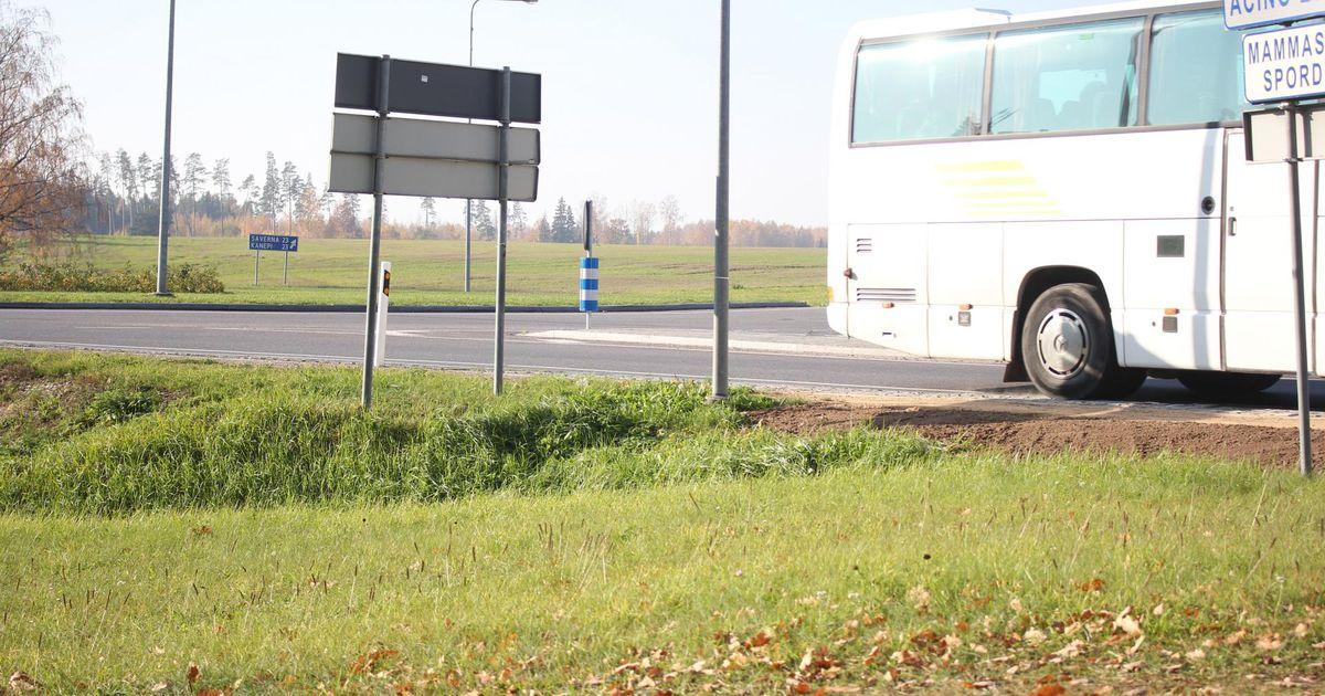Kiirabi viis kahtlasi manöövreid teinud bussi juhi haiglasse