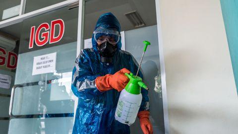 LÜHIÜLEVAADE: koroonaviiruse arenguid erinevates riikides 26.03