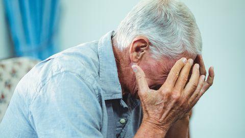 Kahjustada võivad saada ka ajuosad, mis kontrollivad rääkimist, nägemist, tasakaalu ja mälu.