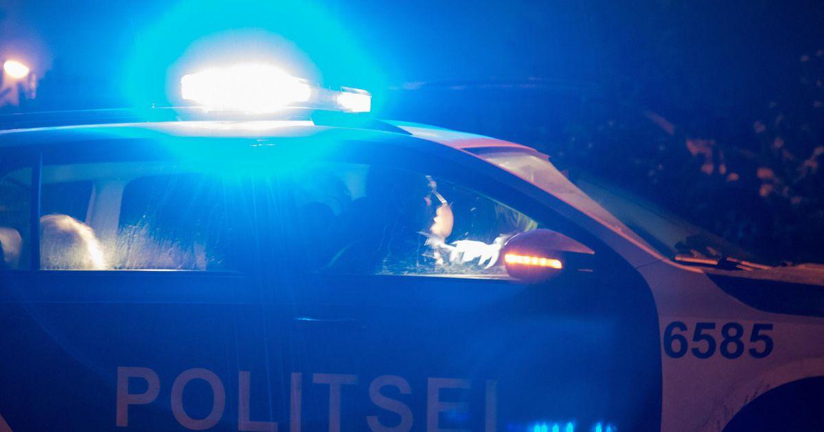 943aed8b4ee Ööl vastu 26. detsembrit teatati politseile, et Viljandi vallas Loodi külas  põleb teeserval sõiduauto Mercedes-Benz. Häirekeskusele juhtunust teatanud  ...