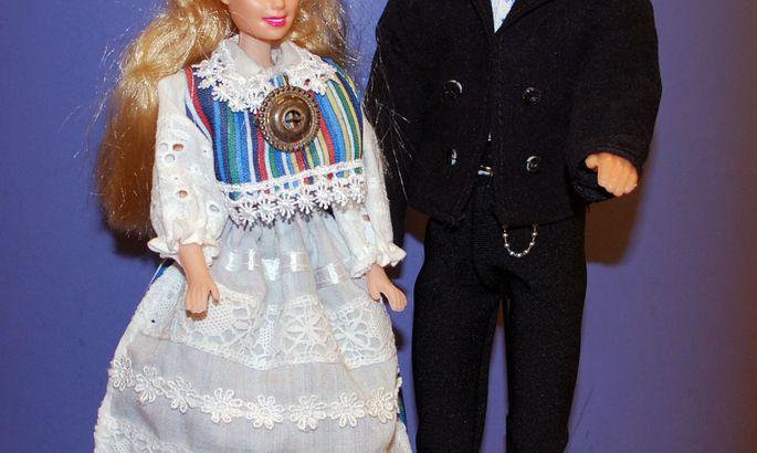 fbefbf46358 Etno-Barbie'd keskraamatukogus - Uudised - Virumaa Teataja