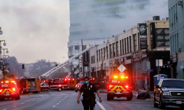 ФОТО И ВИДЕО ⟩ В центре Лос-Анджелеса прогремел взрыв