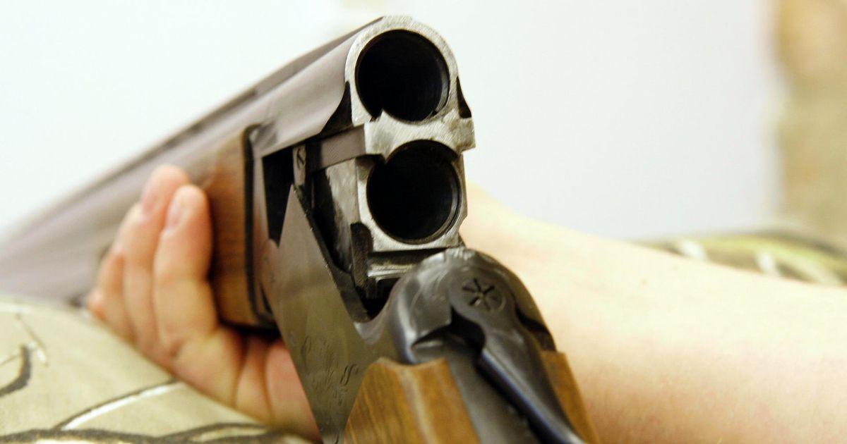 Relvaeksamiks harjutanud vanahärrale kutsuti politsei