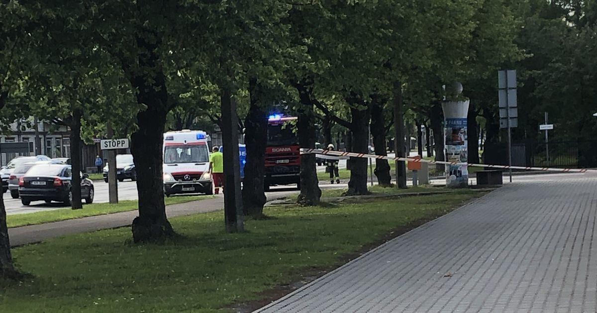 Omanikuta reisikohver tõi kohale päästjad, politsei ja kiirabi