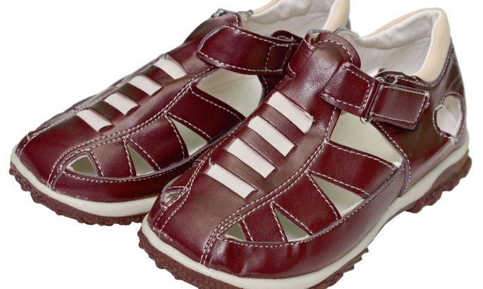 5ff275c20a6 Kas väikelapsele võib osta kasutatud jalanõusid? - Pere - sõbranna.ee