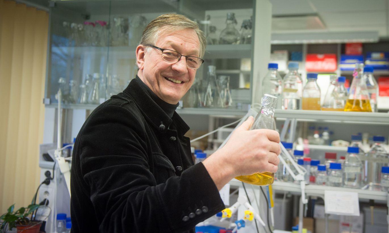 Mart Saarma on palju aastaid tegutsenud Helsingi Ülikooli biotehnoloogiainstituudi professorina. Alates tänavusest aastast on ta seal ka teadusdirektor.
