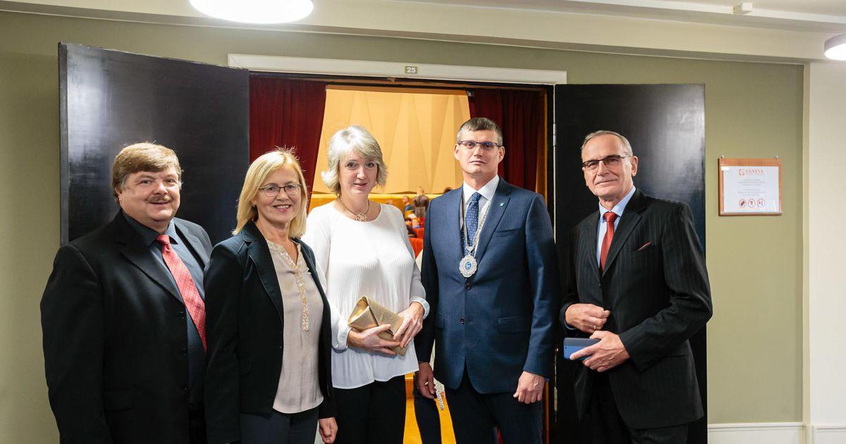 Otepäälased käisid Narvas sügist vastu võtmas