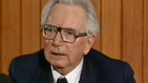 Dr Viktor Frankl leidis, et inimese olukorrast määravam on tema suhtumine sellesse.