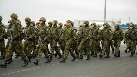 Südamearst Margus Viigimaa tõdeb, et sõjaväes harjumatult suurte koormustega harjudes võivad välja lüüa seni teadmata tervisehädad.