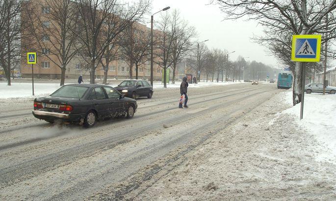 89efdbe6564 Riia maanteel enne Tammsaare ristmikku7 asuv Pärnu kõige ohtlikum  ülekäigurada likvideeritakse.