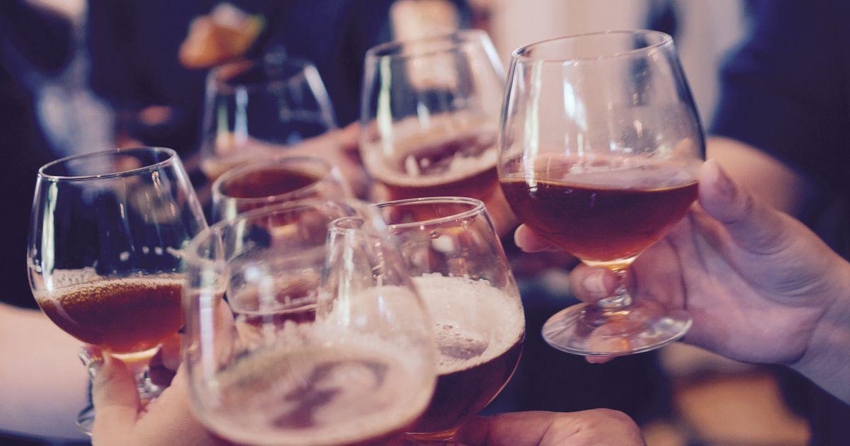 Veselības ministrijai iebildumi pret ieceri ļaut alkoholu tirgot...