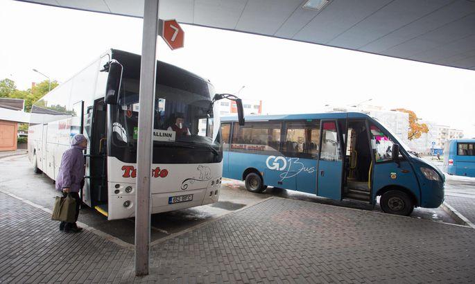 e07ed0c363f Ja kui maakonnaliinil sõitev buss juhtub maakonna piirest välja põikama,  peavad ka naabrid, kel muidu bussisõit tasuta, selles bussis pileti ostma.