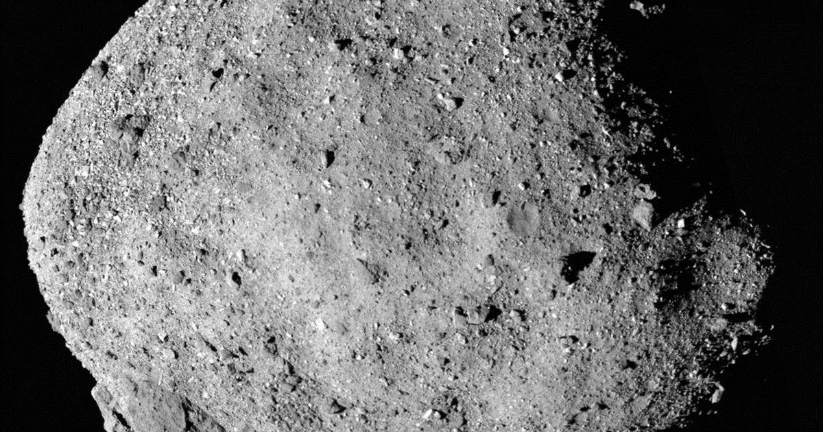 Mõlemad käimasolevad asteroidi-missioonid teatasid ootamatutest avastustest