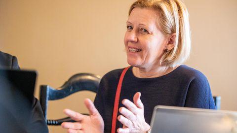 Annely Akkermann: Majandust lammutav viirus