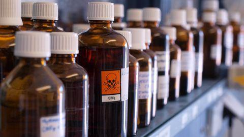 Päästjad ja tööinspektsioon kontrollivad ohtlike kemikaalide käitlust